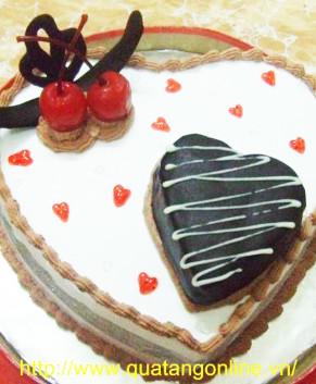 Bánh kem trái tim BK021