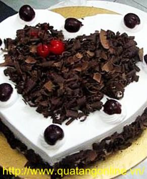 Bánh kem socola trái tim BK025
