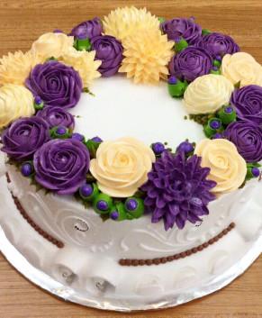 Bánh kem bánh sinh nhật màu tím dịu dàng BK038