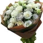 Bó hoa hồng trắng tinh khôi HT159