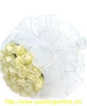 Bó hoa hồng trắng HT073