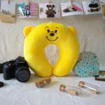 Gối quàng cổ gấu pooh TBGQCGP