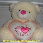 Gấu bông ôm tim ngồi TB017