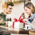 Những điều cần nhớ khi chọn quà tặng sinh nhật bạn gái